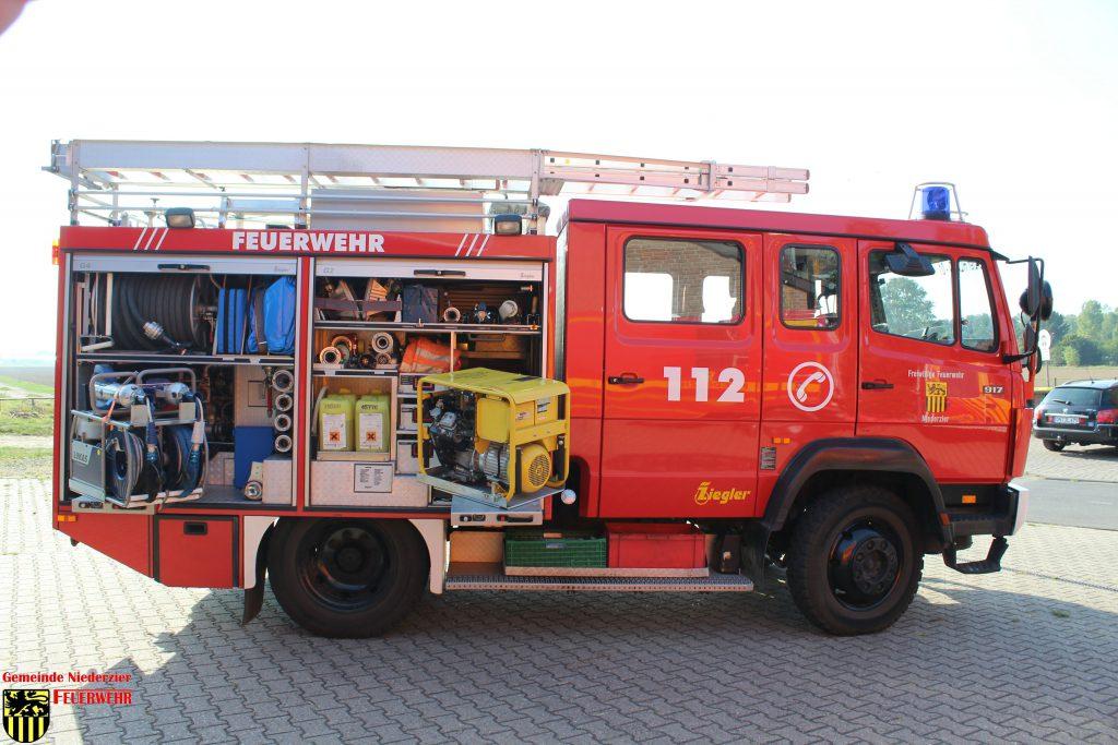 Niederzier #BD# Mülleimerbrand