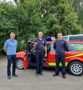 Read more about the article Kommandowagen als Spende an Feuerwehr der Verbandsgemeinde Altenahr übergeben